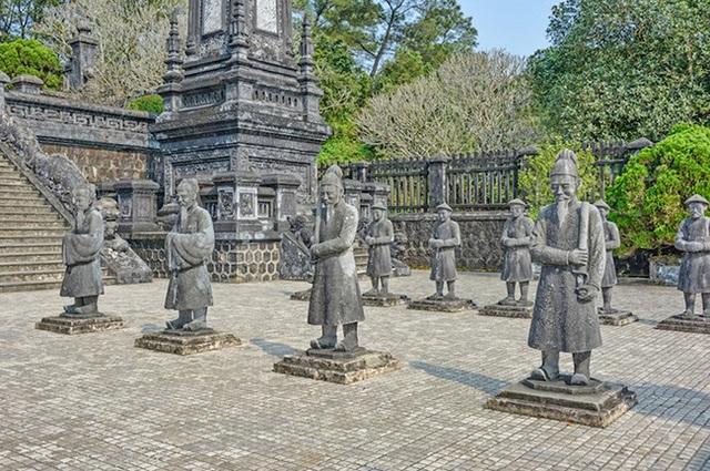 Khách du lịch quốc tế đua nhau tới Việt Nam để ghé những địa điểm tuyệt đẹp này - 1
