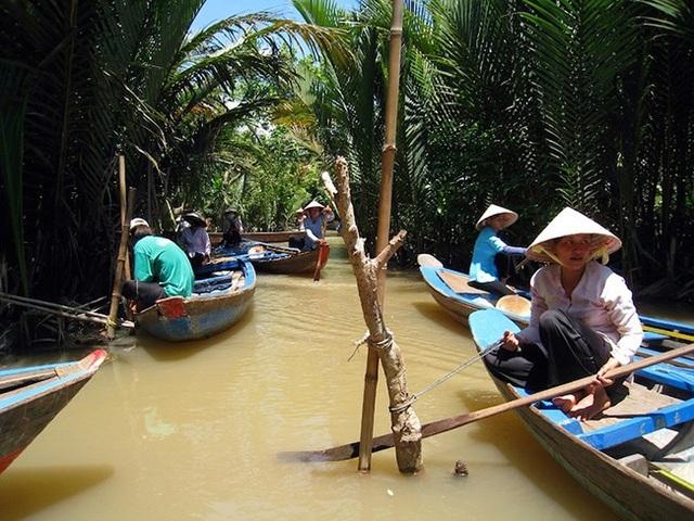 Khách du lịch quốc tế đua nhau tới Việt Nam để ghé những địa điểm tuyệt đẹp này - 18