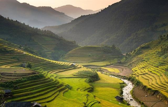Khách du lịch quốc tế đua nhau tới Việt Nam để ghé những địa điểm tuyệt đẹp này - 20