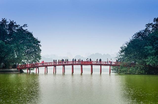 Khách du lịch quốc tế đua nhau tới Việt Nam để ghé những địa điểm tuyệt đẹp này - 23