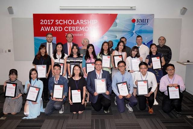 Lễ trao học bổng của ĐH RMIT năm 2017