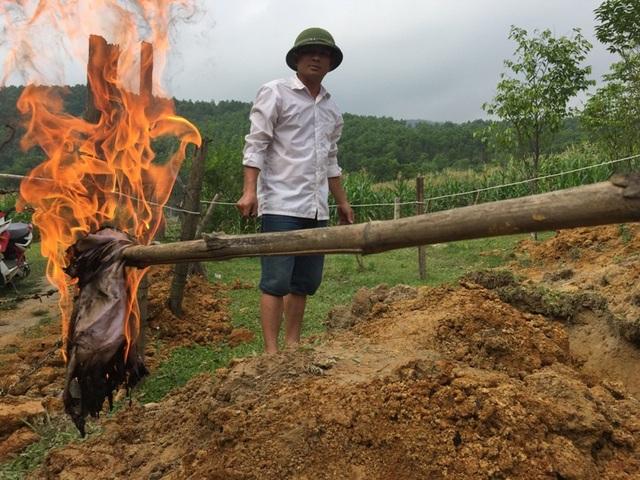 Trước đó vào đầu tháng 4/2018 nhiều giếng nước ở thôn Tân Phúc, xã Hương Trạch bất ngờ chứa đầy dầu hỏa