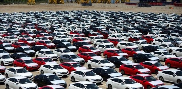 Hàng nghìn chiếc xe Thái đang độc chiếm thị trường xe nhập Việt Nam, trong khi đó ngay cả xe Indonesia cũng không về được Việt Nam.