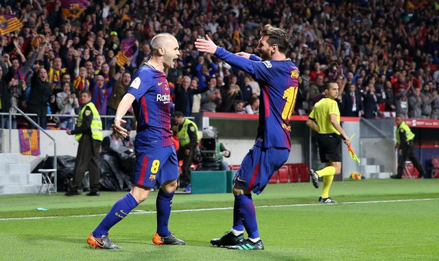 Iniesta để lại dấu ấn với một bàn thắng trong trận chung kết với Sevilla