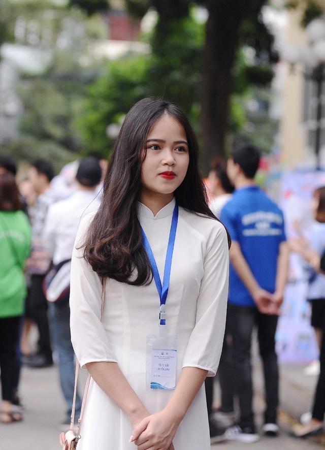Nguyễn Thị Cẩm Nhung - Miss Tài năng Press Beauty