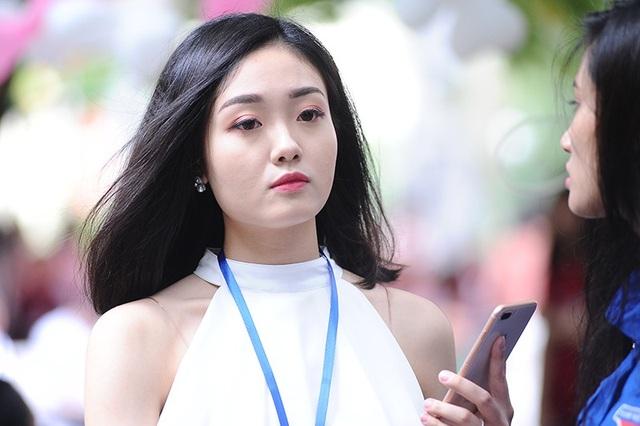 Nguyễn Hồng Ngọc - Á khôi 2 Press Beauty