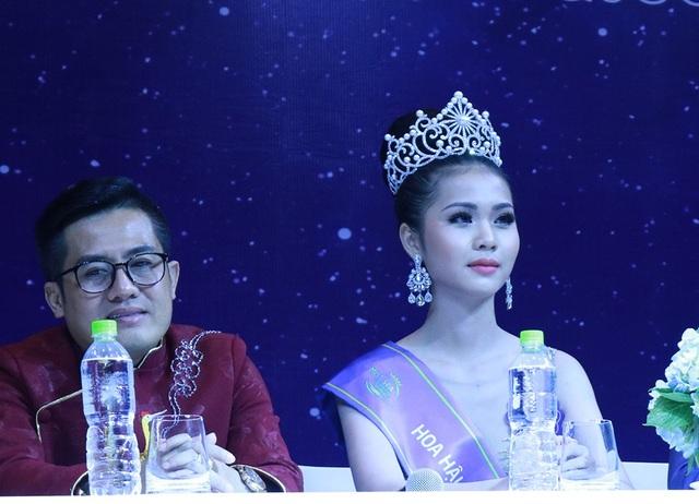 Tân Hoa hậu Biển ứng xử vấp váp vẫn đăng quang, BTC nói gì? - 4