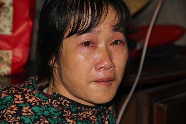 Chị Chi nước mắt lưng tròng trước sự hiếu thảo của đứa con trai đang học lớp 5