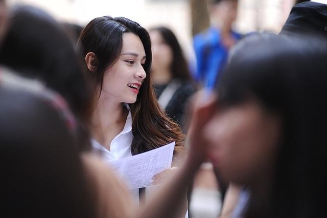 Thành tích mới đây nhất của Trang là lọt vào top 6 và giải Miss Áo dài cuộc thi Tài sắc nữ sinh Báo chí (Press Beauty 2018).
