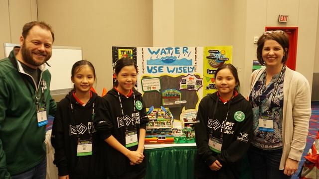 Đoàn học sinh Việt Nam xuất sắc giành giải thưởng khoa học ứng dụng quốc tế tại Mỹ