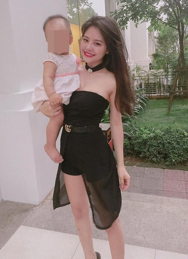 """Mê mẩn đường cong nõn nà của """"single mom"""" hot nhất Hà thành - 1"""