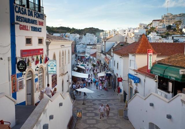 Địa điểm gần nơi nữ du khách trẻ người Anh bị cưỡng bức ở Bồ Đào Nha