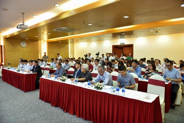 Buổi họp báo Phát động Giải thưởng Nhân tài Đất Việt thu hút sự quan tâm của các nhà lãnh đạo, các doanh nghiệp và báo giới.