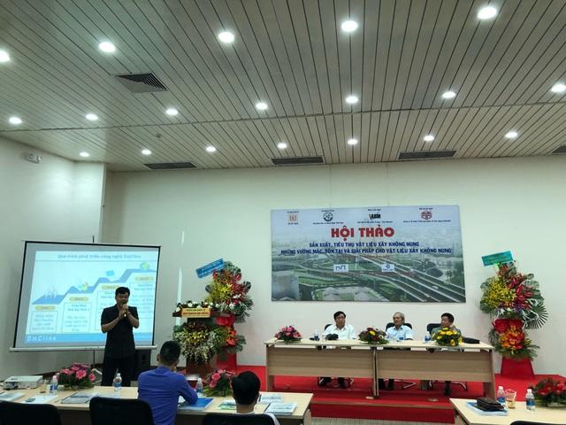 Ông Phạm Văn Bắc – Vụ trưởng Vụ Vật Liệu Xây dựng phát biểu tại Hội thảo.