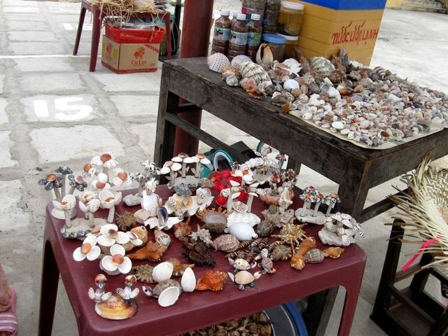 Đồ lưu niệm từ vỏ ốc, vỏ sò ở Cù Lao Chàm