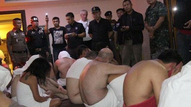 Nhóm du khách nước ngoài bị bắt ở Pattaya vì tham dự bữa tiệc thác loạn tập thể
