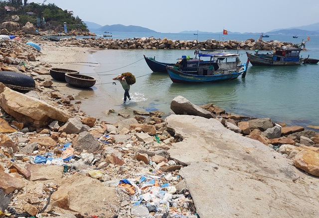 Dự án Nha Trang Sao (TP Nha Trang) được xác định lấn Danh thắng Vịnh Nha Trang, với diện tích gần 23.000m2
