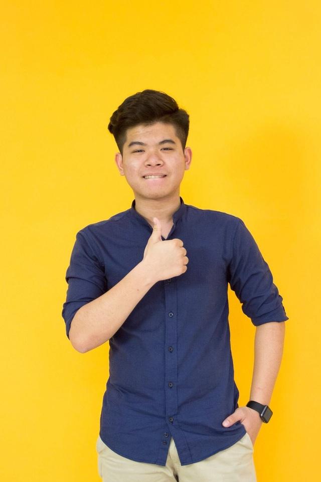 Thái Thành Nhân (Học sinh THPT Ngô Quyền, Hải Phòng) xuất sắc nhận 8 học bổng Mỹ năm 2018.