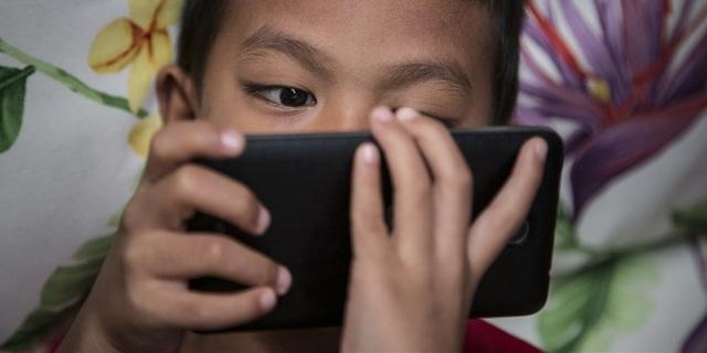 Hàng nghìn ứng dụng Android có thể theo dõi con bạn một cách sái trái - 1