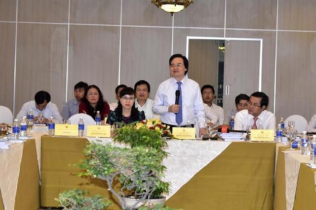 Bộ trưởng Phùng Xuân Nhạ tiếp thu, giải trình về dự thảo Luật GDĐH