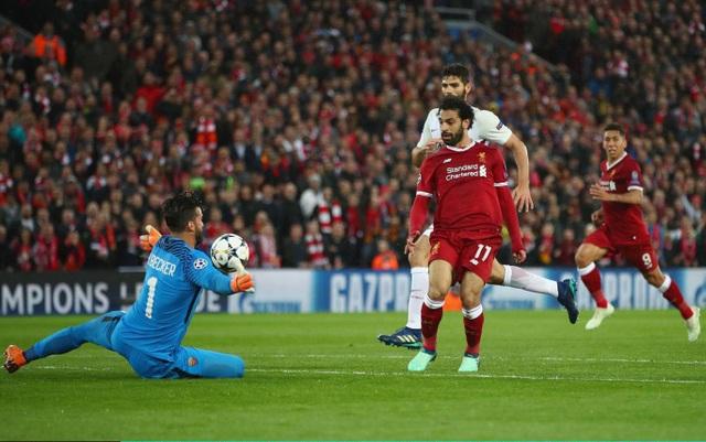 Salah lập cú đúp trước khi vào giờ nghỉ, Liverpool đã thảnh thơi sau hiệp một với lợi thế dẫn trước 2-0
