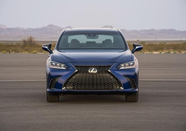 Lexus ES thế hệ mới - Động cơ cũ, sức mạnh mới - 6