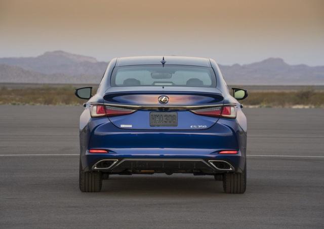 Lexus ES thế hệ mới - Động cơ cũ, sức mạnh mới - 14