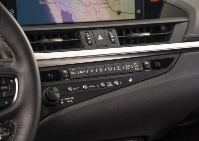 Lexus ES thế hệ mới - Động cơ cũ, sức mạnh mới - 4