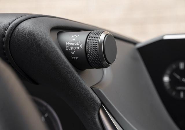 Lexus ES thế hệ mới - Động cơ cũ, sức mạnh mới - 17
