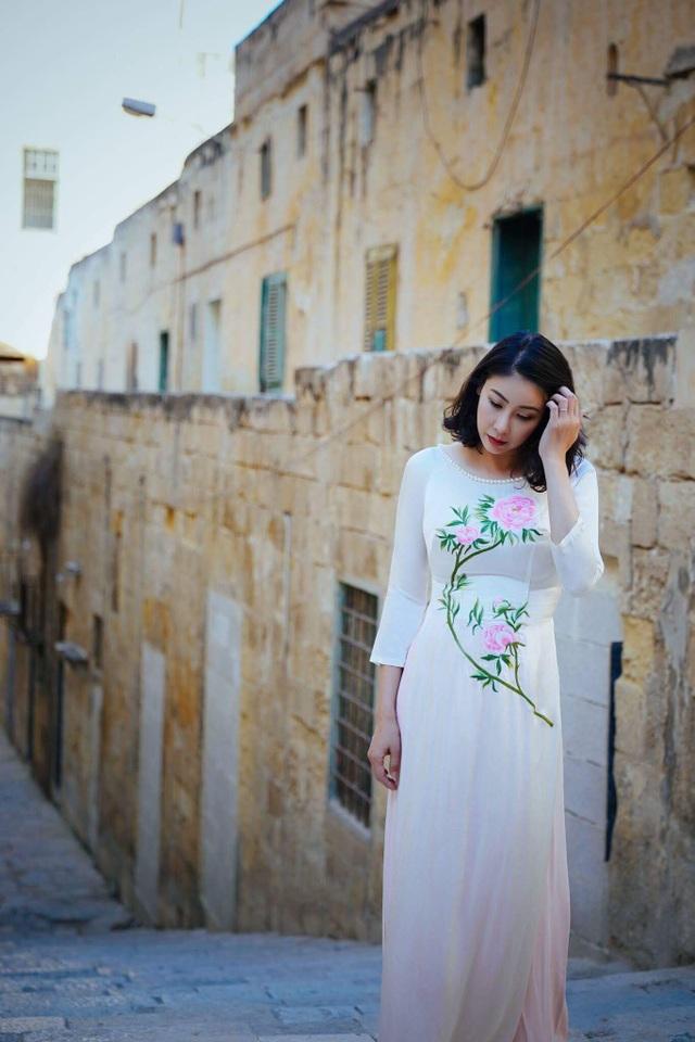 Trong số các Hoa hậu Việt Nam đã đăng quang nhiều năm, Hà Kiều Anh vẫn giữ được nét đẹp thuần khiết từ khi thành Hoa hậu.