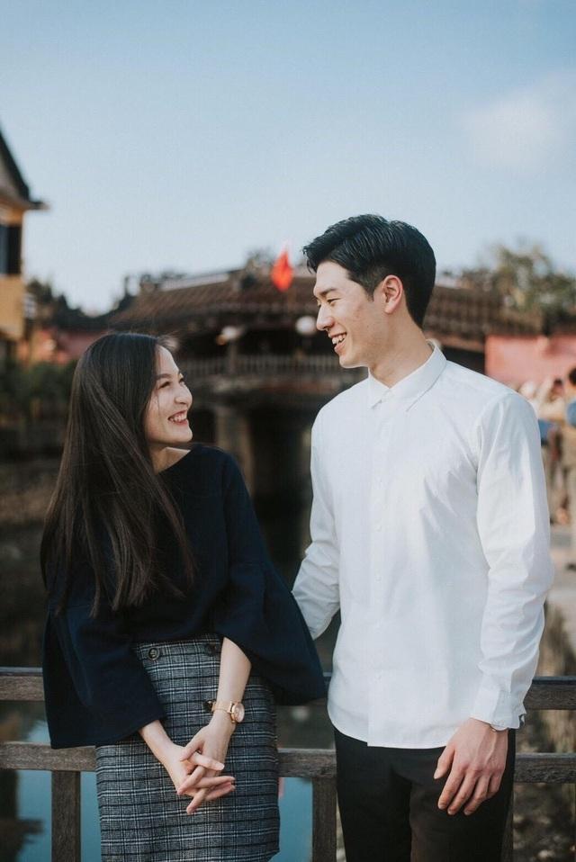Huyền Trang có một người chị song sinh nhưng đặc biệt thay khi Rui - một người xa lạ lại có thể phân biệt được họ.