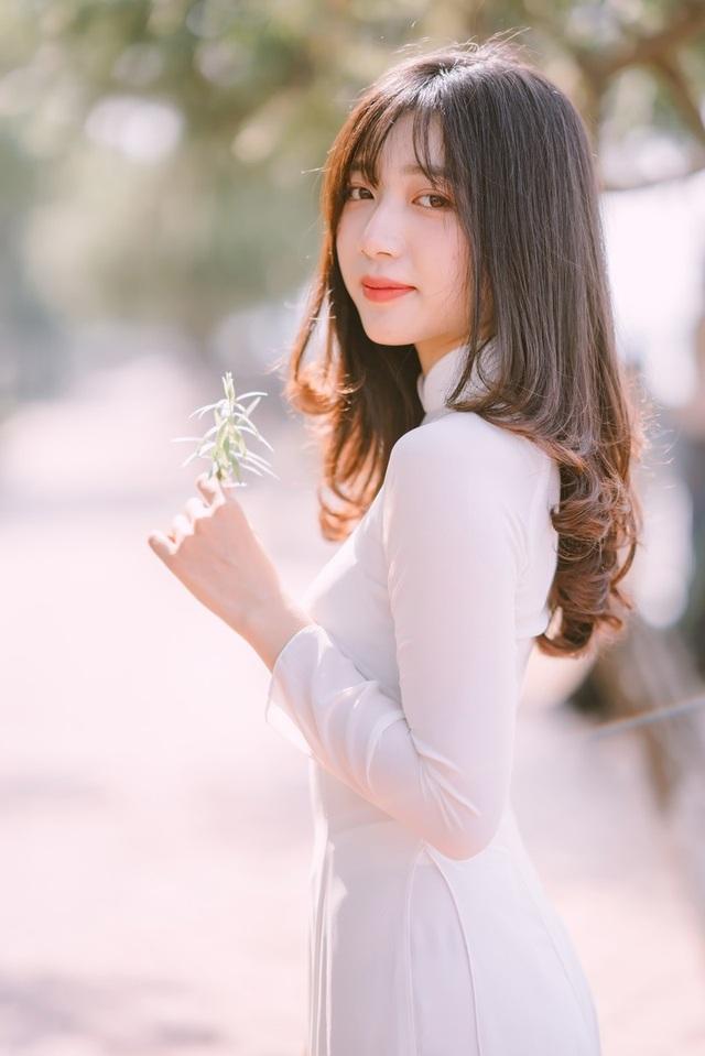 Nữ sinh Đồng Nai đẹp tinh khôi trong trang phục áo dài - 9