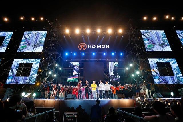Sân khấu MAFF 2018 tại MonCity, Hà Nội rất hoành tráng.
