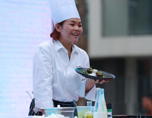 Ngôi sao nữ duy nhất trong giới đầu bếp tham dự lễ hội 2018 - Dương Hải Anh