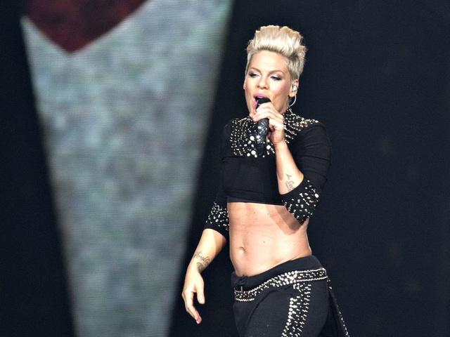 Nữ ca sĩ Pink