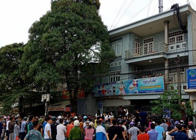 """Cơ quan chức năng kiểm tra tụ điểm """"Hội thánh Đức Chúa Trời"""" tại phường Đông Vệ, thành phố Thanh Hóa."""