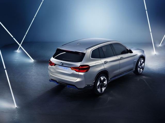 Concept iX3 - Phiên bản chạy điện của BMW X3 - 7