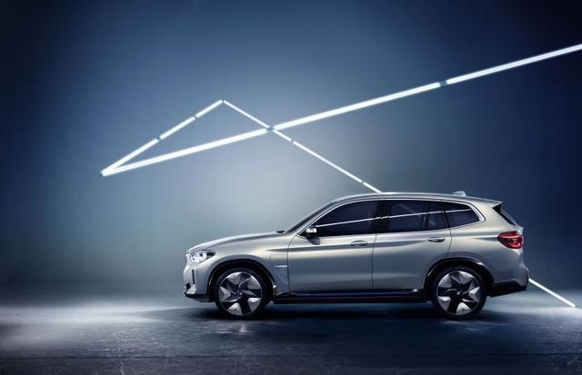 Concept iX3 - Phiên bản chạy điện của BMW X3 - 6