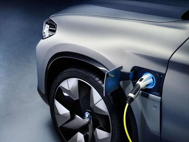 Concept iX3 - Phiên bản chạy điện của BMW X3 - 2