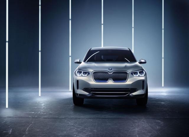 Concept iX3 - Phiên bản chạy điện của BMW X3 - 4