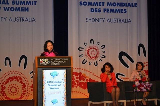 Phó Chủ tịch nước Đặng Thị Ngọc Thịnh phát biểu tại Hội nghị (ảnh: VOV)