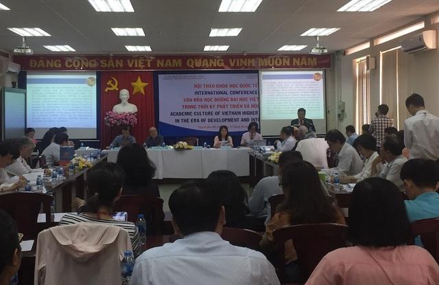 Hội thảo khoa học quốc tế bàn về Văn hoá học đường ĐH Việt Nam trong thời kỳ phát triển và hội nhập thu hút nhiều nhà nghiên cứu văn hoá tham dự