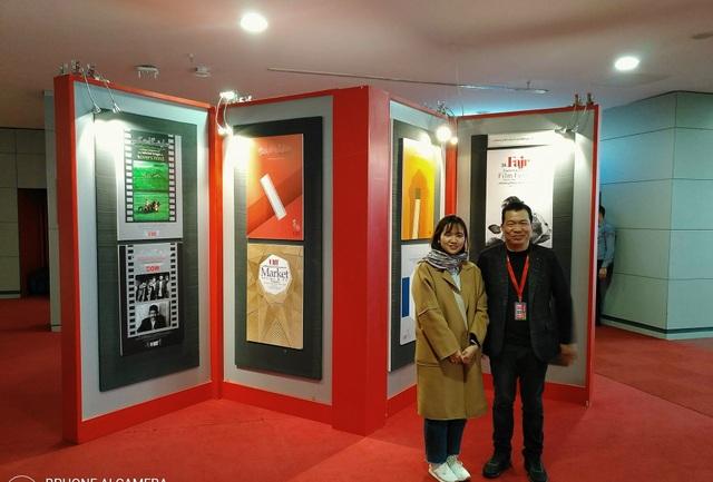 Đạo diễn phim Cha cõng con tại LHP Quốc tế Iran.