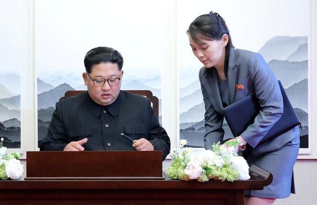 Bà Kim Yo-jong, được cho là sinh năm 1987, là con út của cố lãnh đạo Kim Jong-il, và là em gái của ông Kim Jong-un. (Ảnh: Reuters)