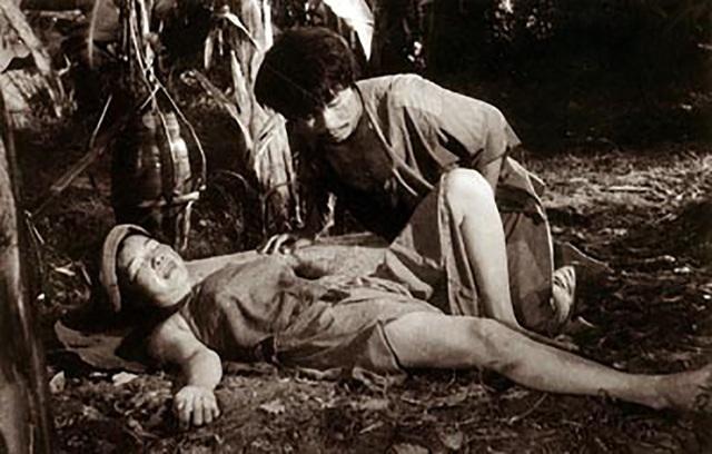 Cảnh nóng trong phim Làng Vũ Đại ngày ấy cũng là phân đoạn mà đoàn phim mất 7 ngày để thực hiện và cũng là nỗi ám ảnh của các diễn viên