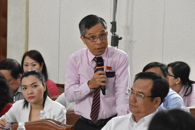 Ông Lê Nguyễn Minh Quang băn khoăn vấn đề cân đối ngân sách đảm bảo cho đầu tư phát triển