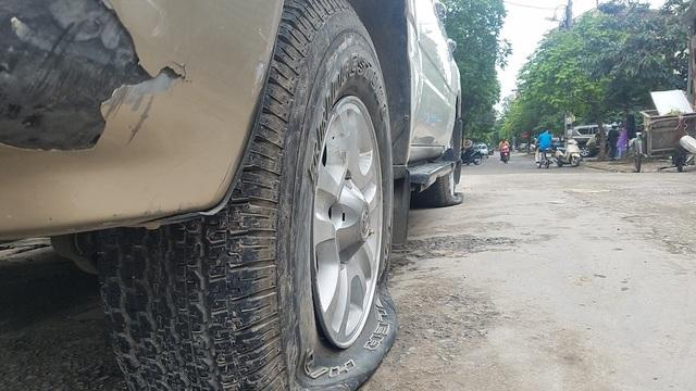 Gần 40 ô tô ở khu chung cư Hà Nội bị chọc thủng lốp trong đêm - 4
