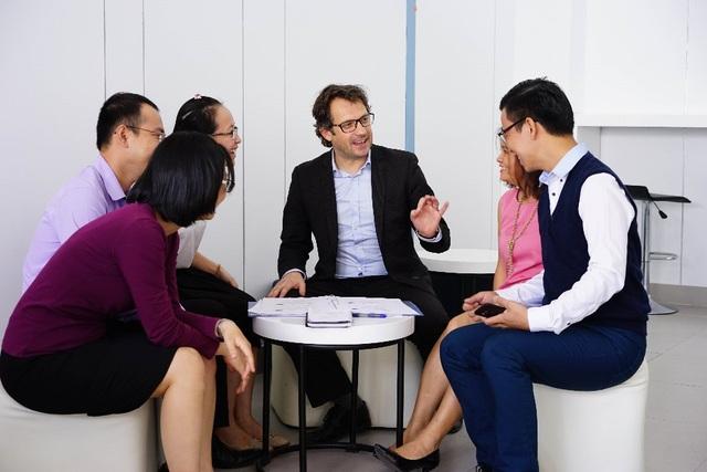 Các học viên chương trình Thạc sỹ Kinh tế Tài chính – Ngân hàng tại CFVG