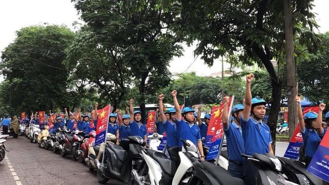 Hình ảnh màu áo xanh thân thương của NCB xuất hiện rực rỡ trên khắp mọi miền Tổ quốc, khiến người dân, khách hàng vô cùng ấn tượng.