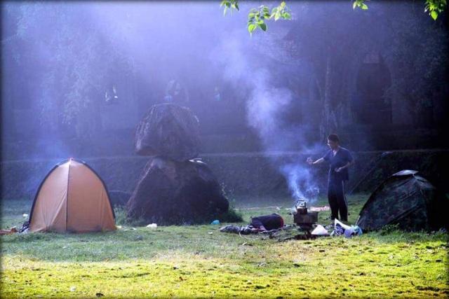 Cắm trại ở khu du lịch Cao Minh